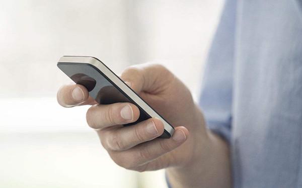群发短信推广方式(如何选择靠谱的106短信群发平台呢)